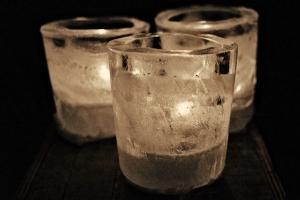 DIY ice candleholders